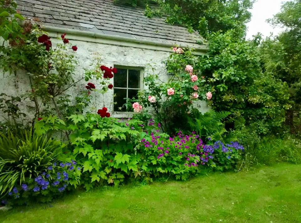 roselick_cottage_1.jpg