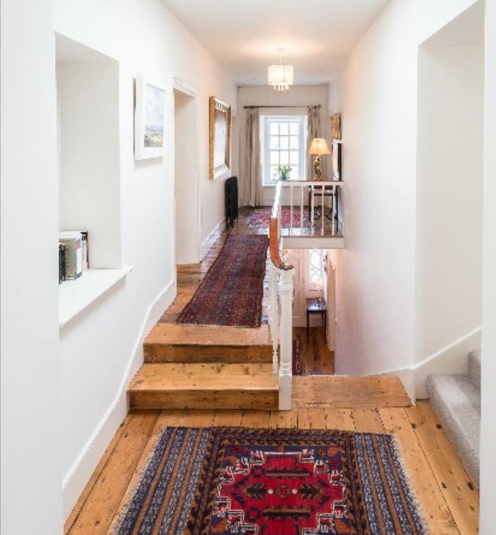 brochure-upstairscorridor.jpg