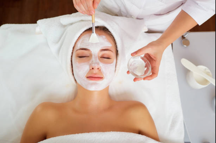 Eminence Facials - All Facials Include : Cleansing, Exfoliation , ExtractionEXPRESS FACIAL $65 45 MINIncludes : Deep cleansing , extraction and exfoliationCLASSIC FACIAL $85 60 MINIncludes : Neck & Shoulder massage , and a facial masquesULTIMATE FACIAL $120 90 MINIncludes : Neck & Shoulder massage , two facial masques