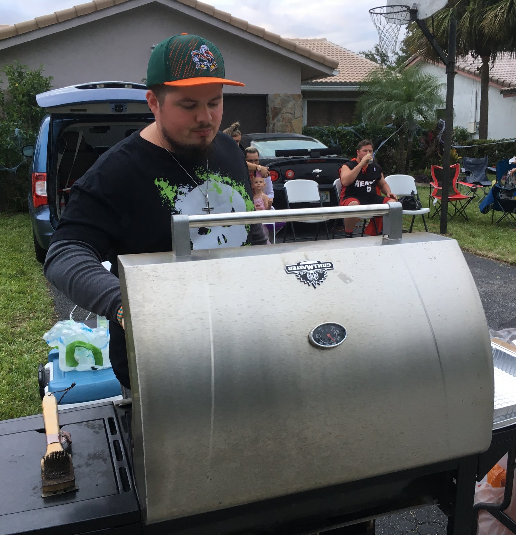 Pastor Jorge's twin brother James grilling Hot Dogs for our Halloween Outreach in 2017.