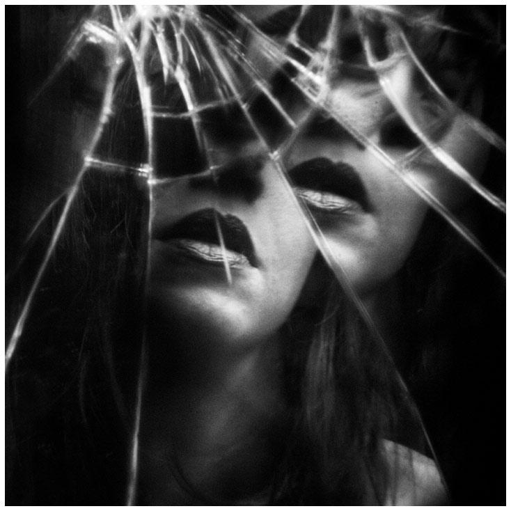 x_150108_©SafiAliaShabaik_Self-Portrait_Metamorphosis_0125-2r_SQ.jpg