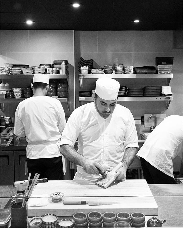 The chefs at work...come be mesmerized by their meticulous process at the Chef's Counter ✨ . . . . . . #shuraku #chefstalk #chef #japanesefood #eeeeeats #nyceats #forkyeah #eaterny #treatyoself #insiderfood #infatuation #michelinguide #yummy #foodgasm #foodie #izakaya #omakase #yelpnyc #robatayaki
