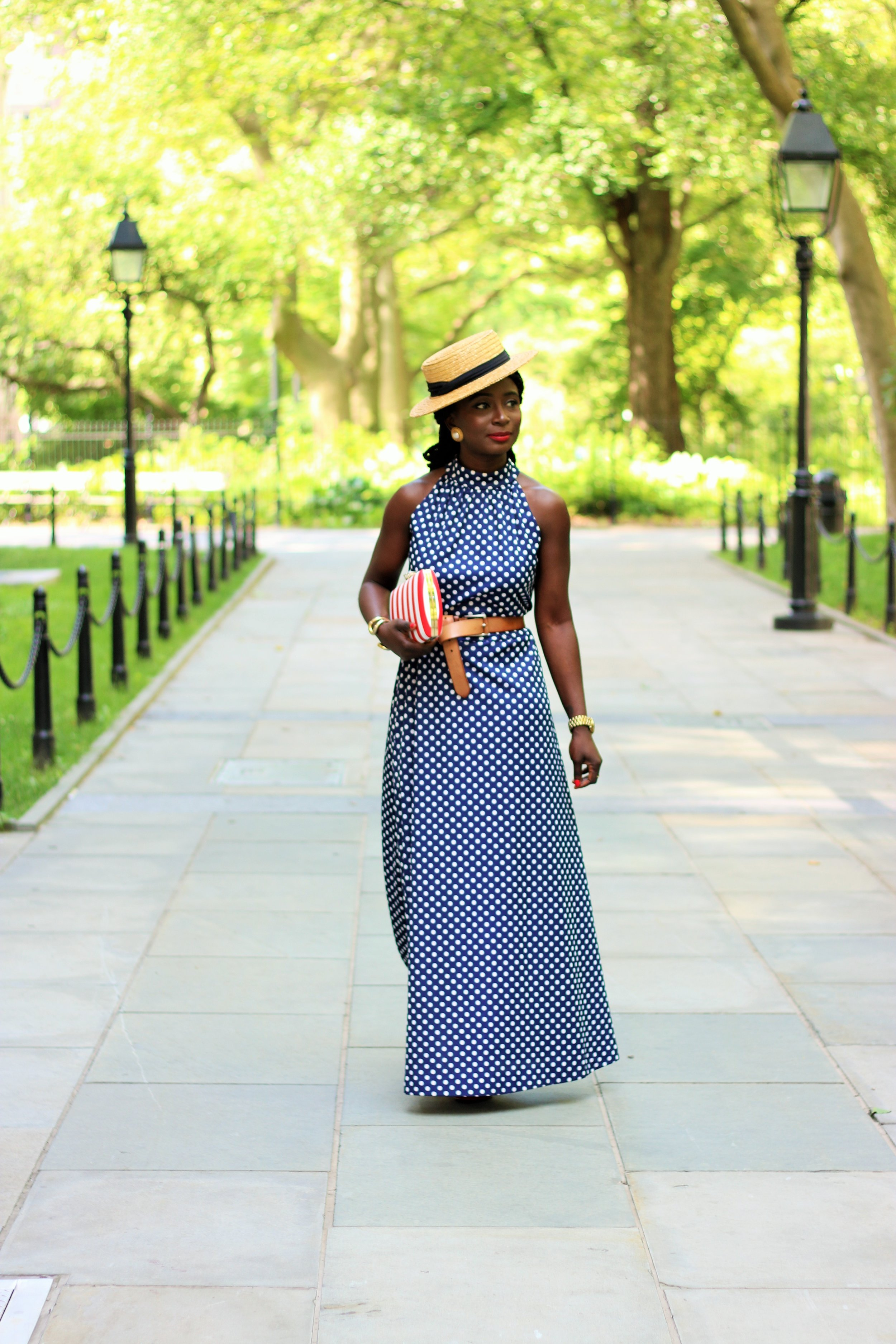 Dress : Old ( Similar ) ( Similar )Purse :( similar )Shoes :( similar ) HAT:( similar ) Jewelry :Old Lips :MAC RED ROCK( here )