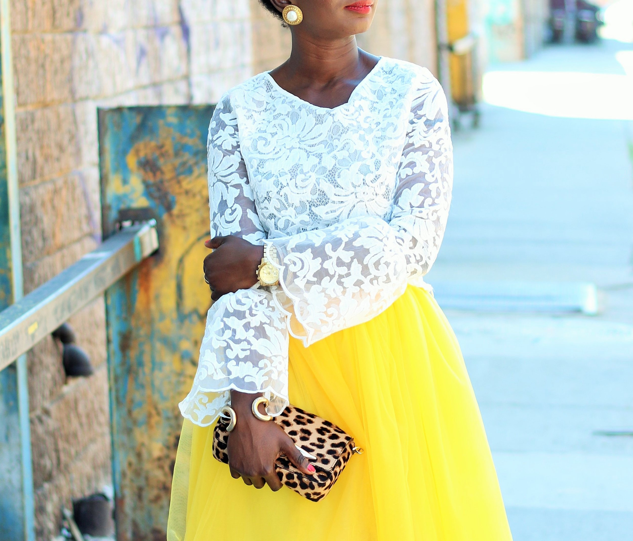 Yellow-Tulle-Skirt-Outfits