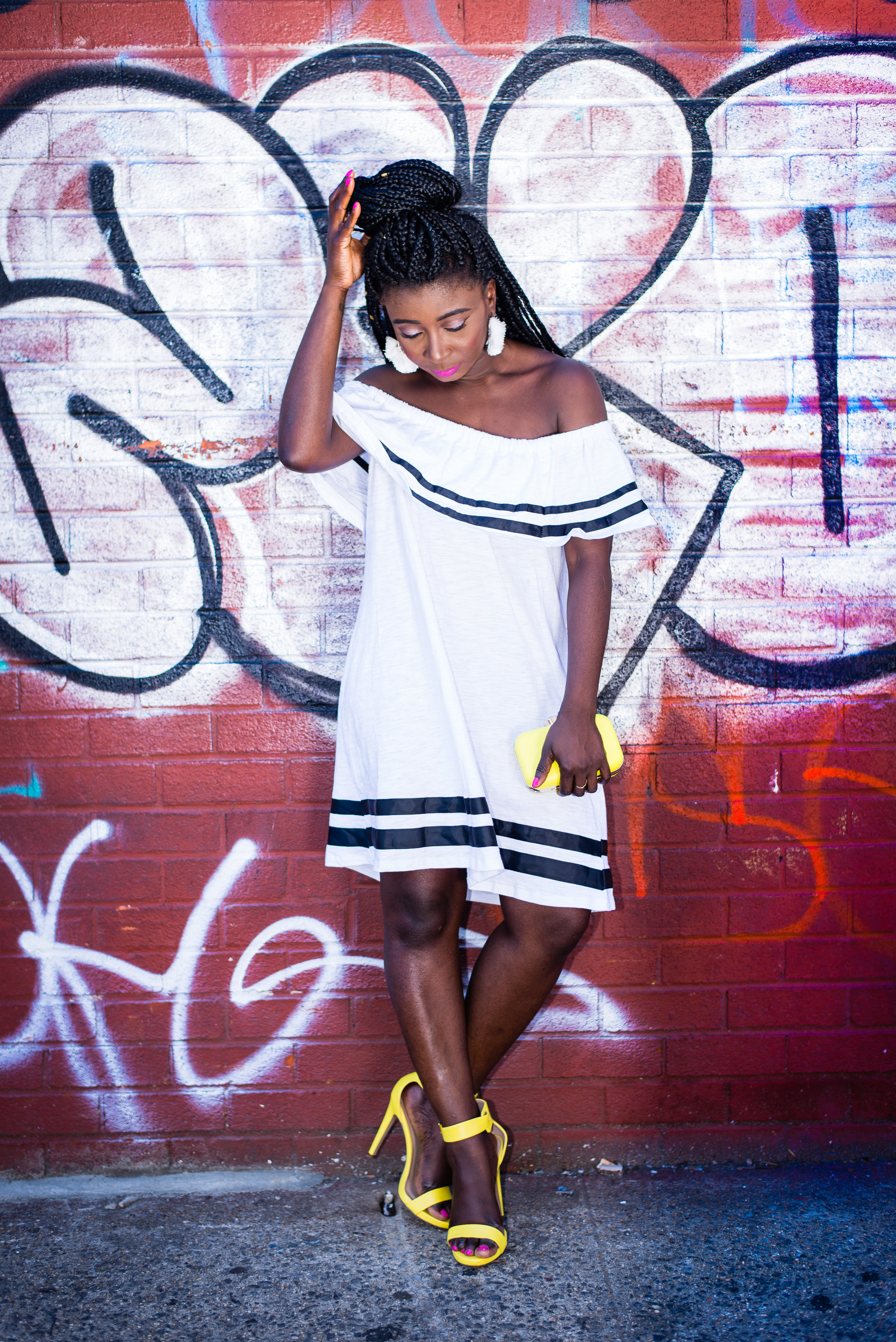 Street-Style-Off-The-Shoulder-Dress