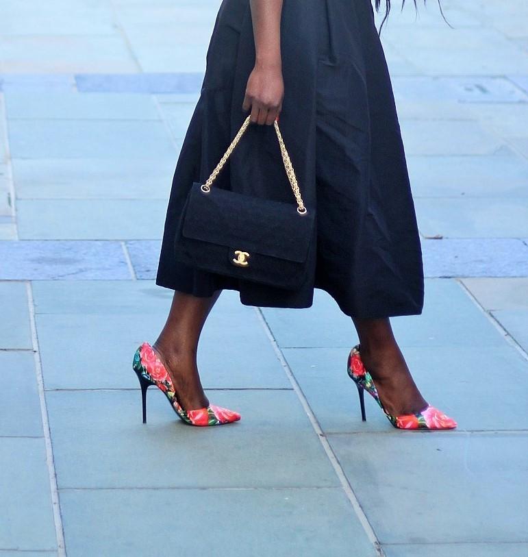 Top :( here )( similar )Skirts :TIBI ( here )Purse :Chanel ( similar )BELT :DKNY ( similar ) Shoes :Steve Madden ( Similar )( Similar )Jewelry :Chanel Lips :MAC RED ROCK( here )