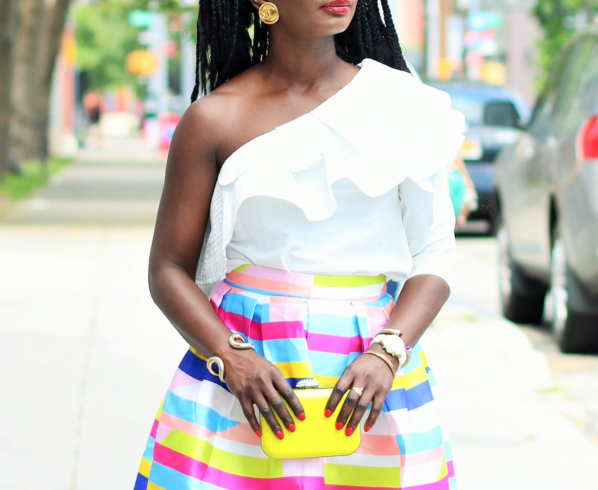 Bright-Striped-Skirt-Outfits