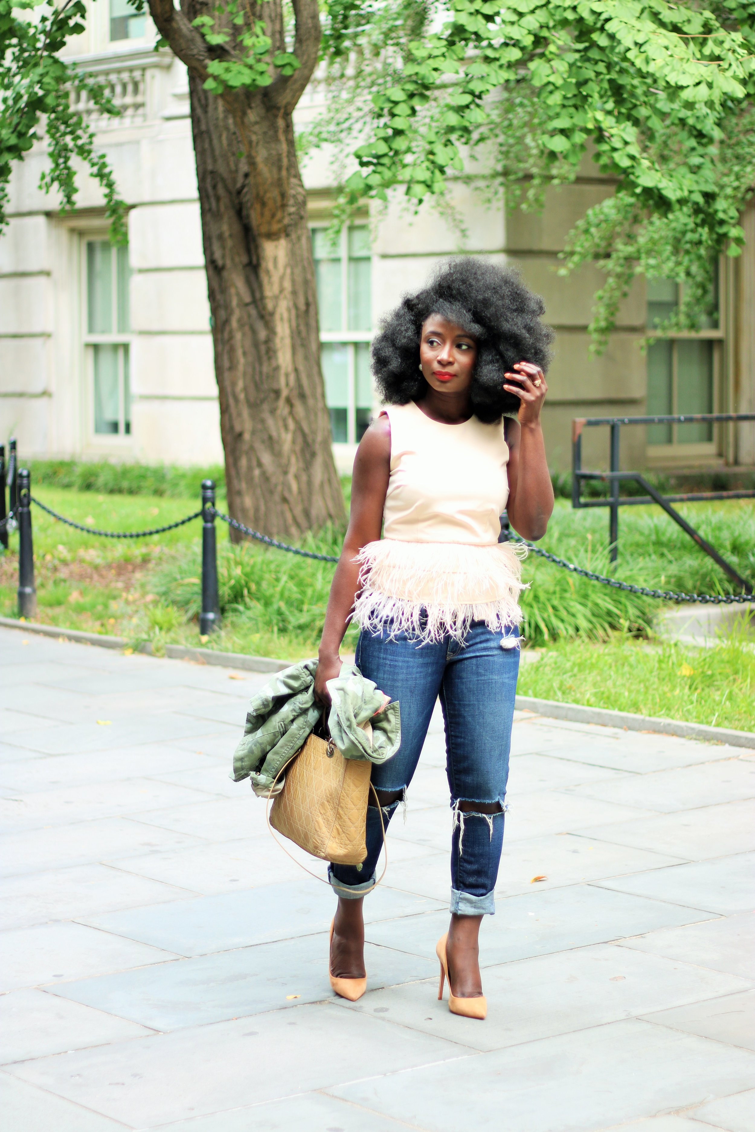 Ostrich-Feather-Top-Outfit-Ideas