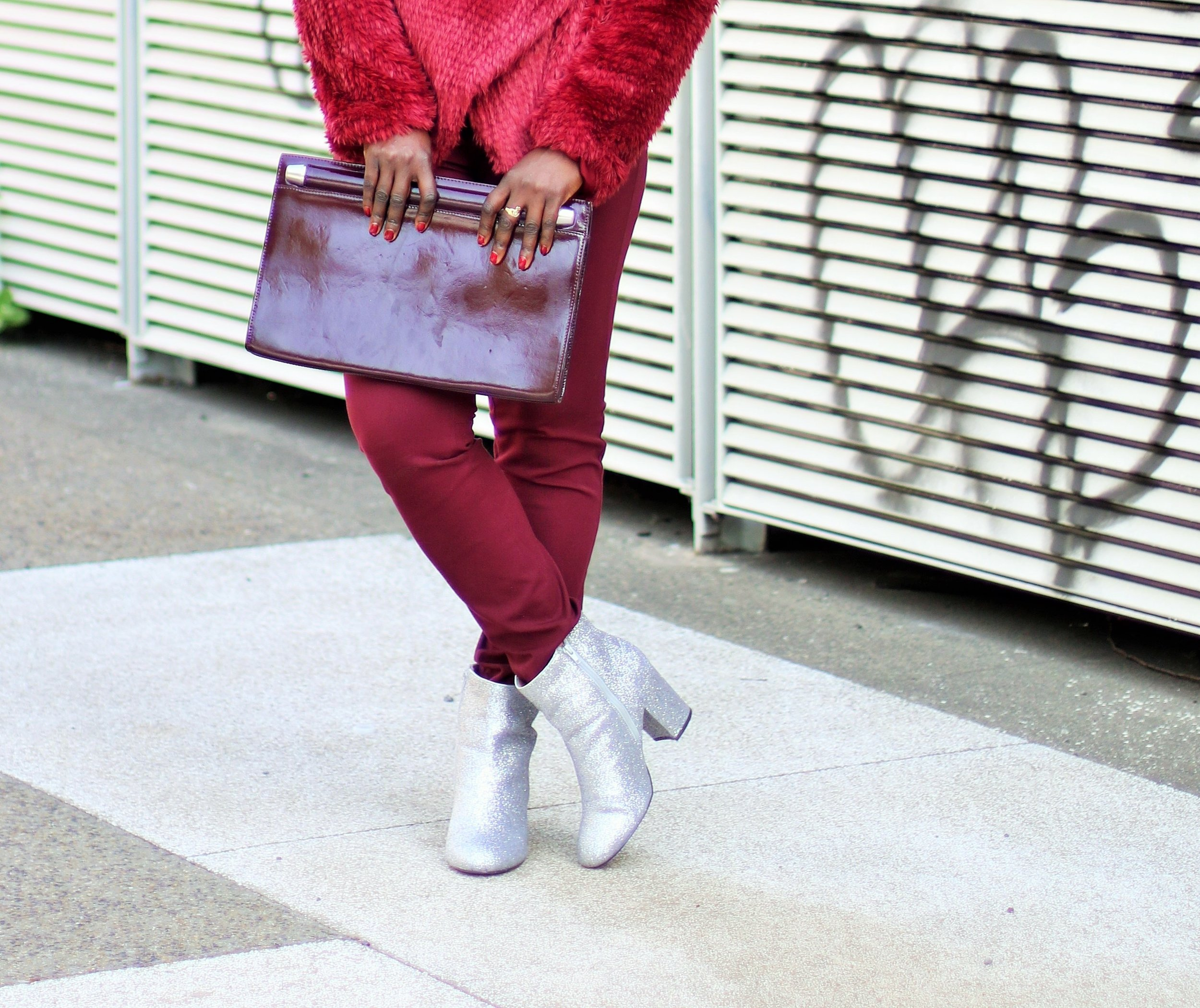 Glitter-Boots-Outfit-Ideas