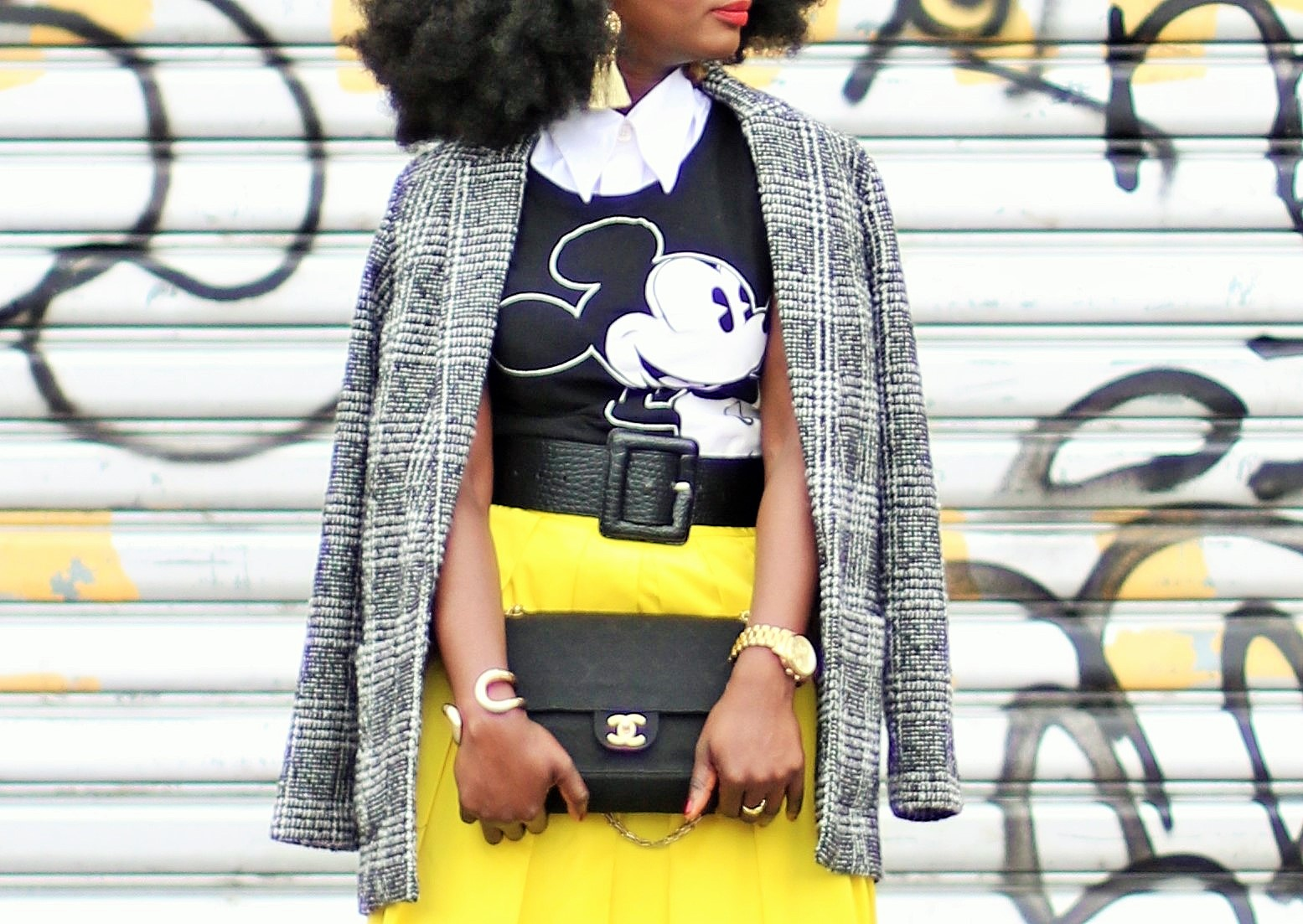 Blazer-And-Tee-Outfits