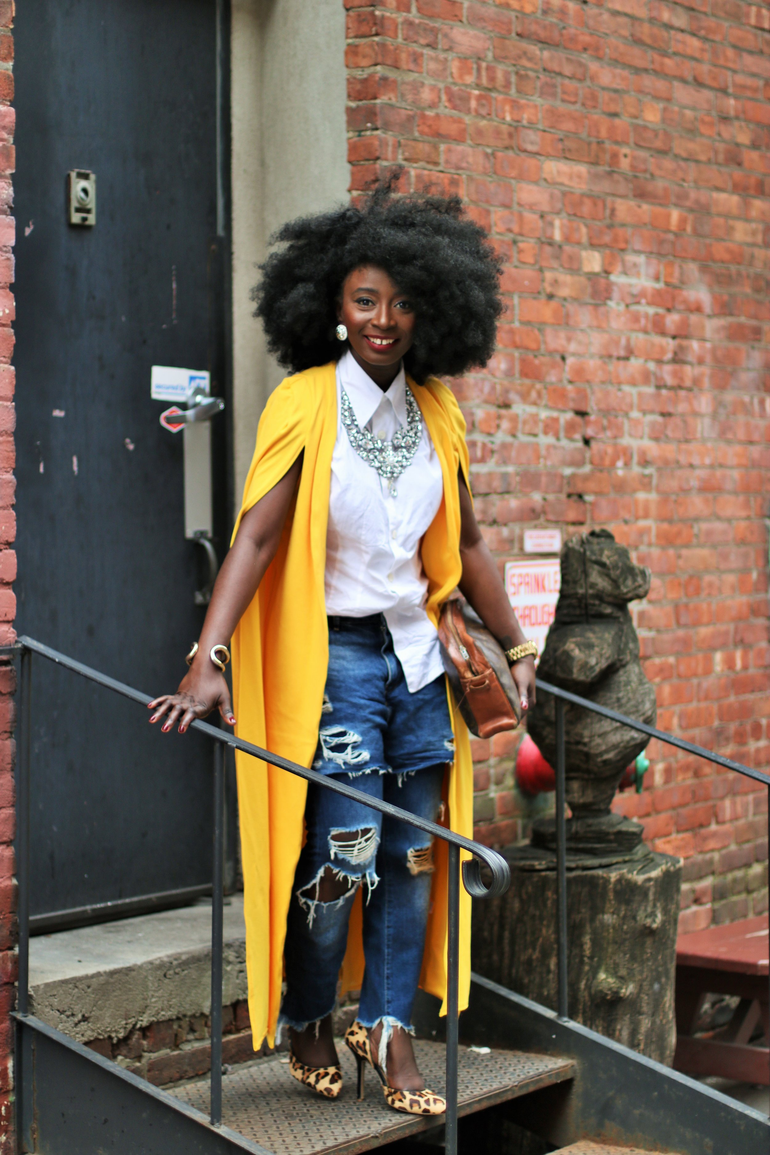 Cape-Blazer-Outfit-Ideas