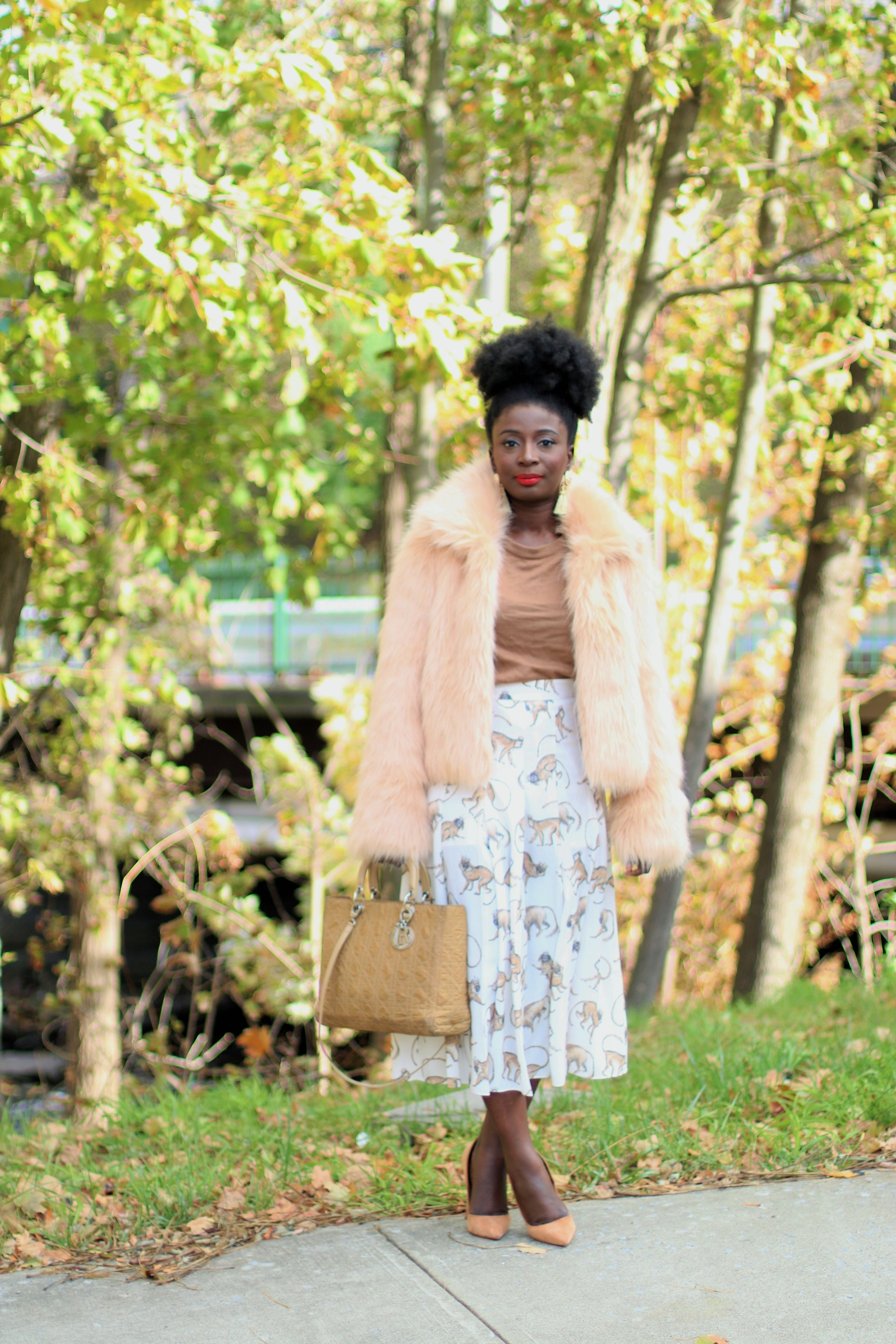 How-To-Style-A-Pleated-Midi-Skirt