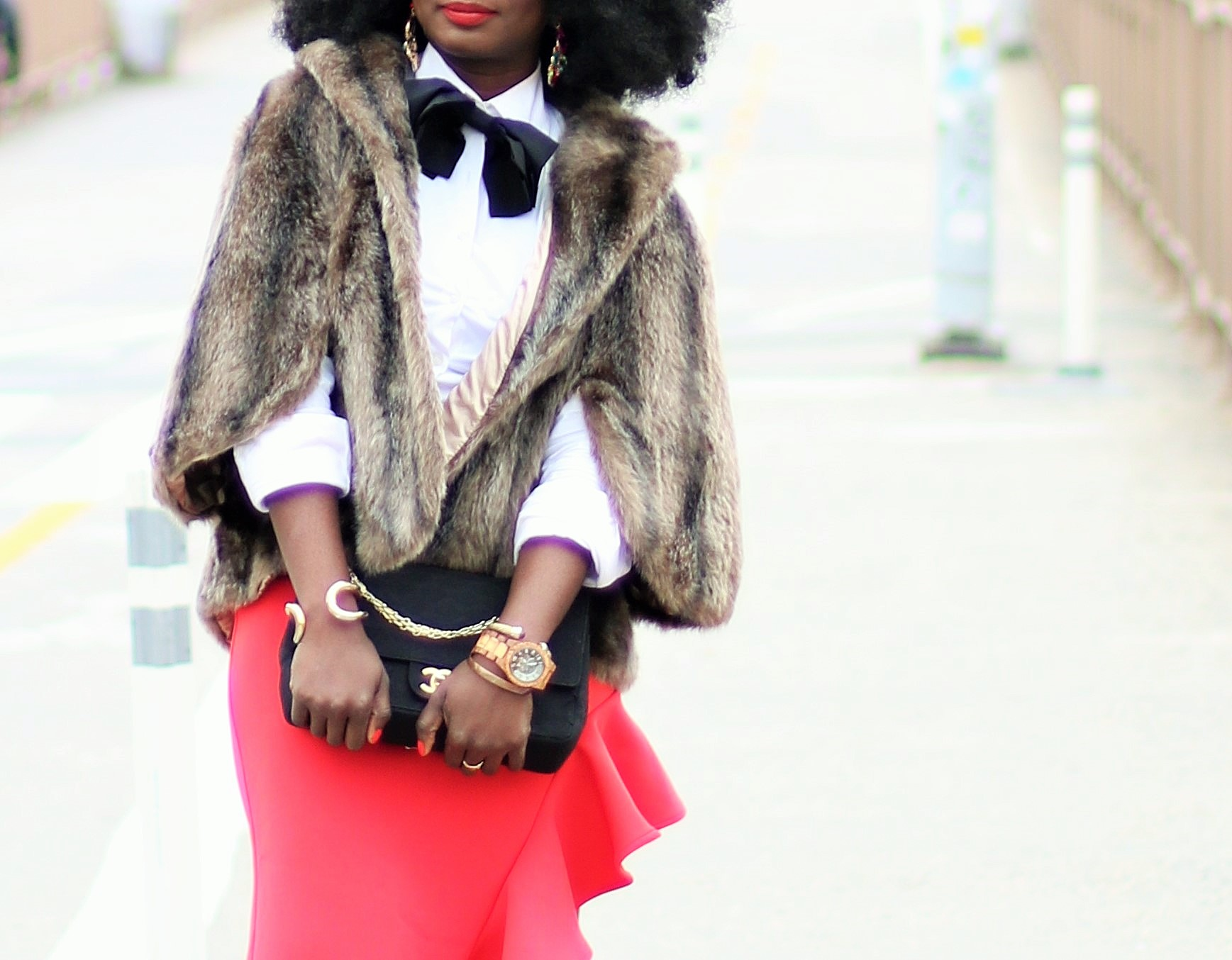 Faux-Fur-Capelet-Outfit-Ideas