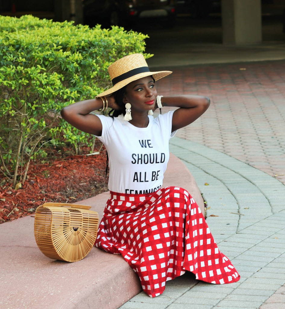 We-Should-All-Be-Feminist-Shirt.jpg