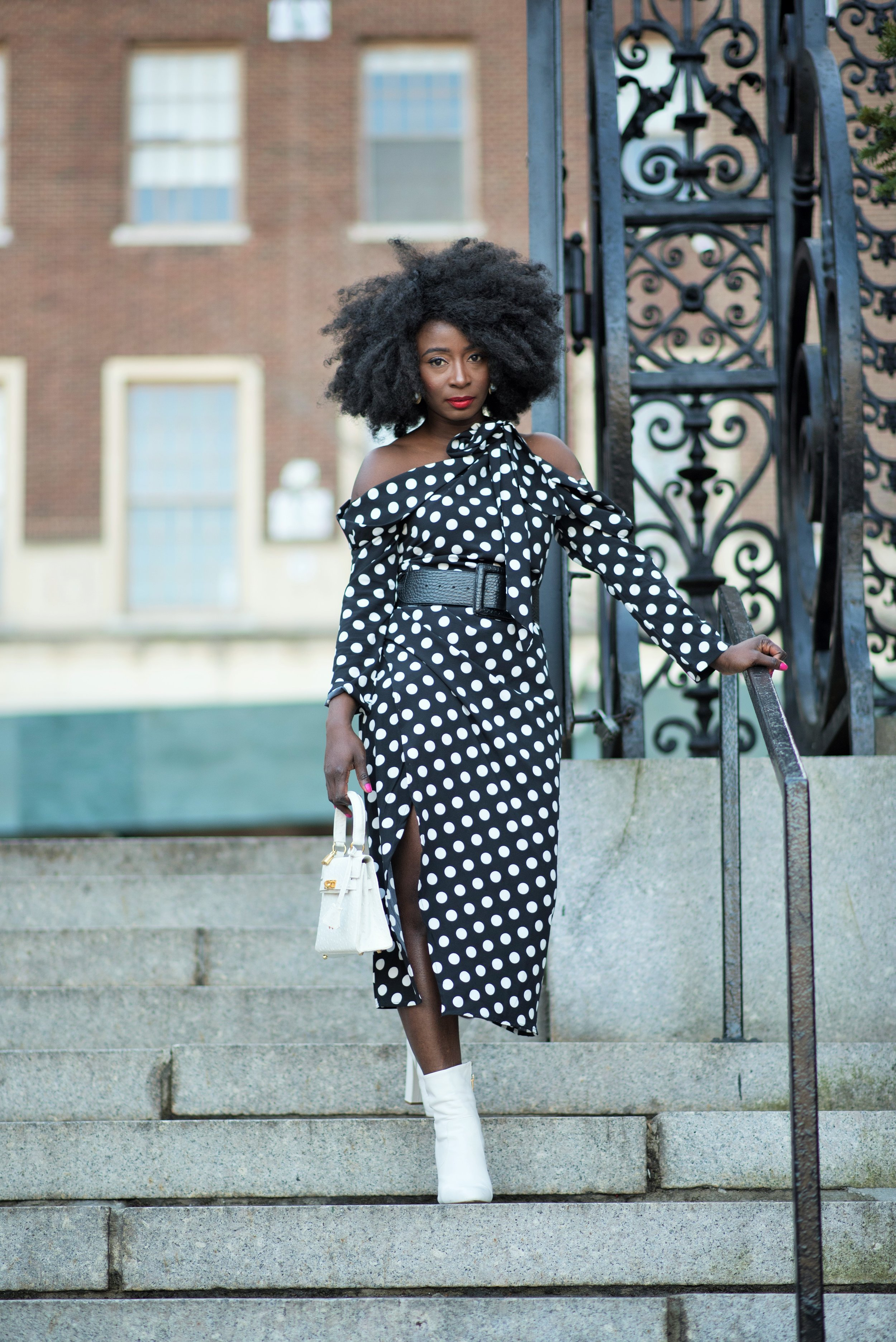 Polka-Dots-Dress-Outfit-Ideas