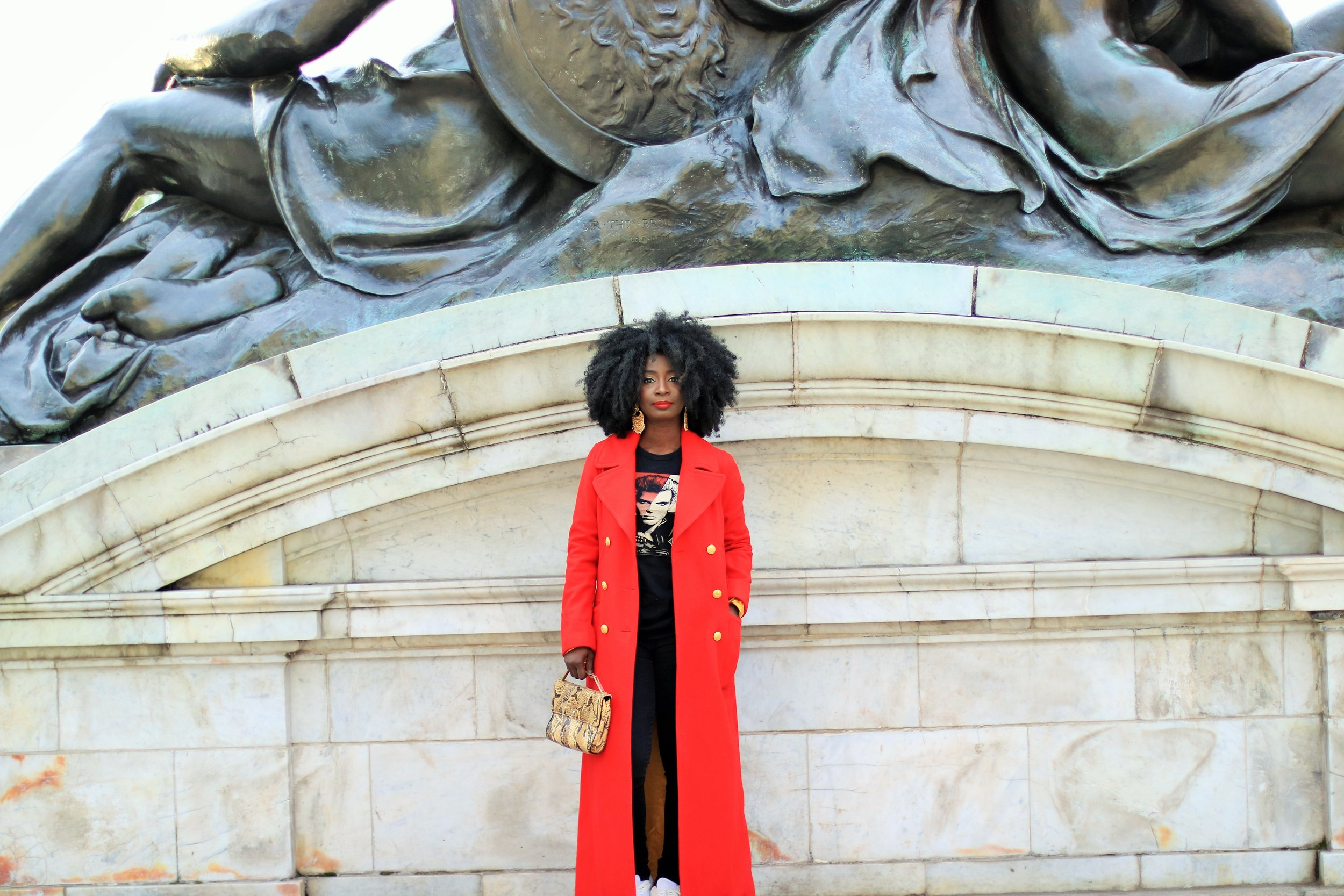 Street-Style-Red-Coats