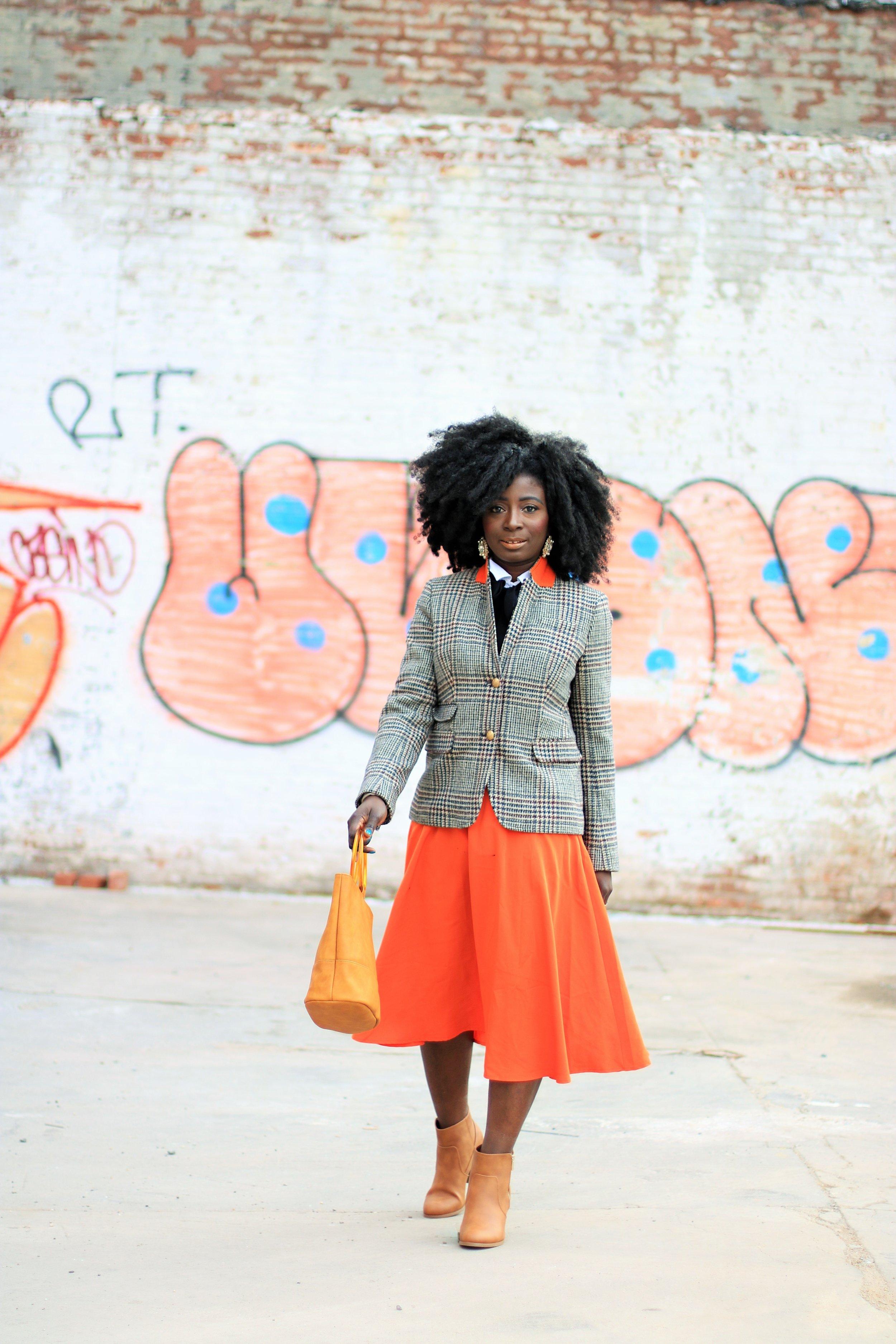 Street-style-orange-skirt
