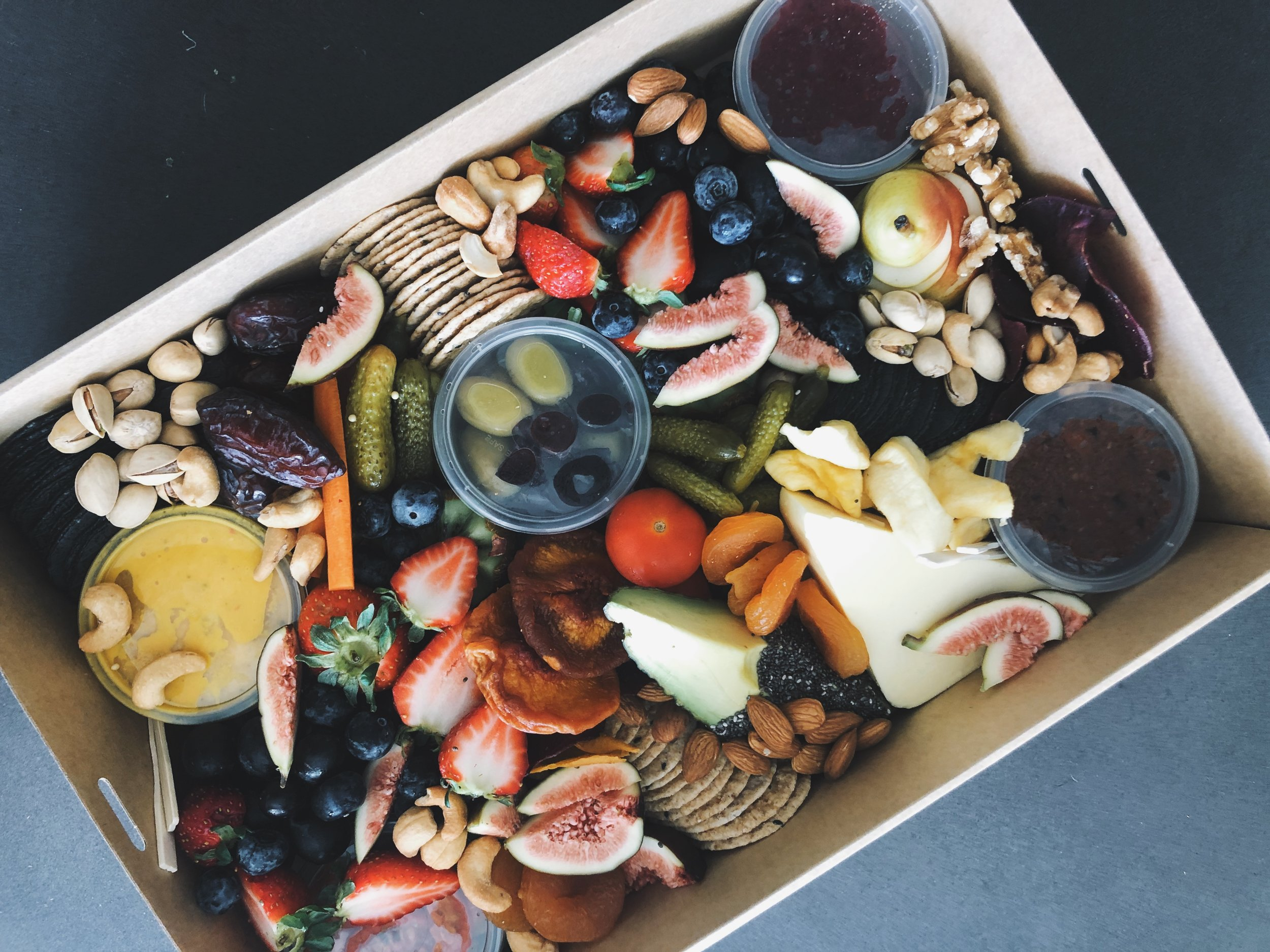 MEDIUM VEGAN PLATTER BOX$90.00 - Suitable for 2 - 4 people