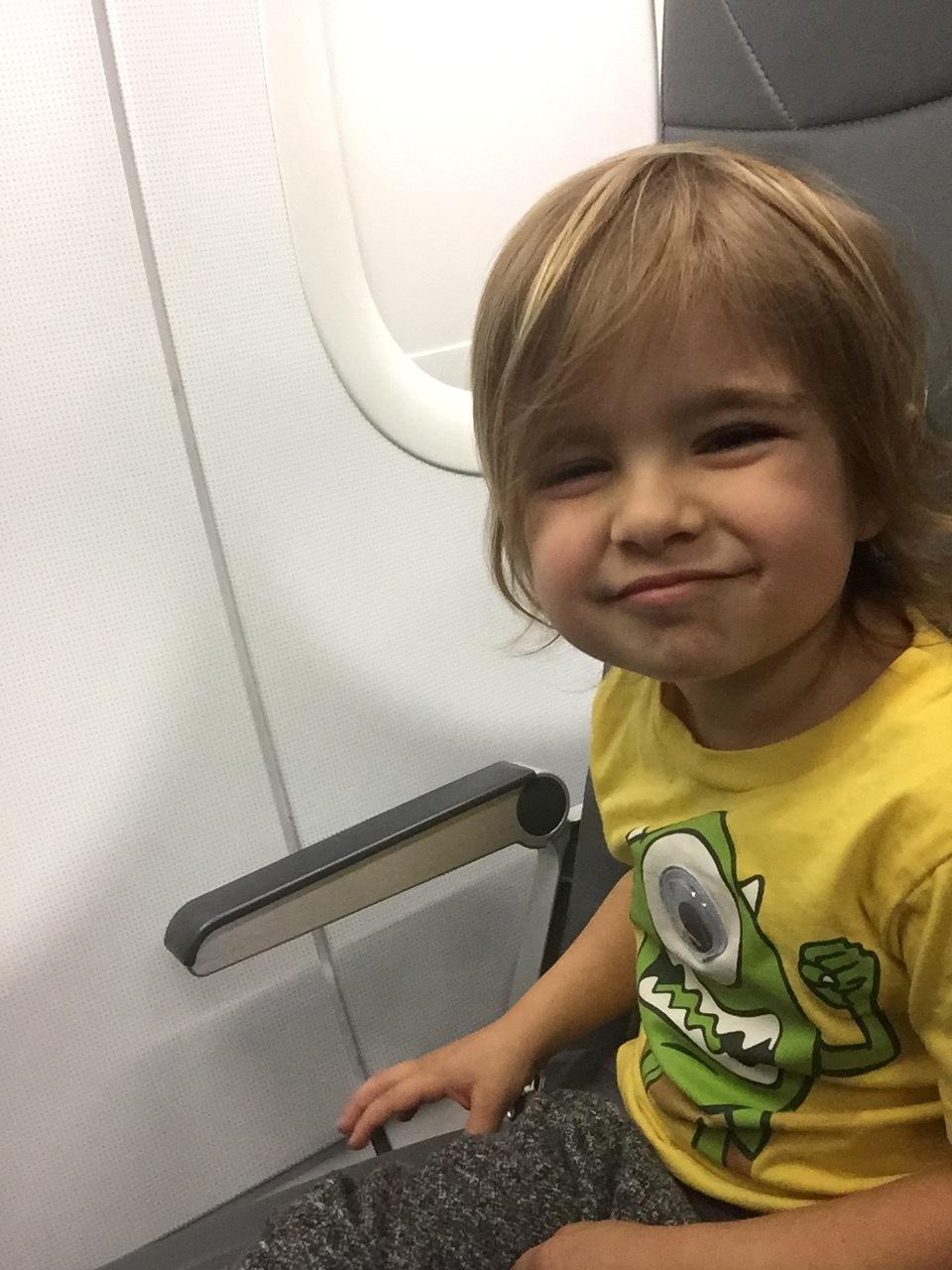 Preschooler_On_Airplane