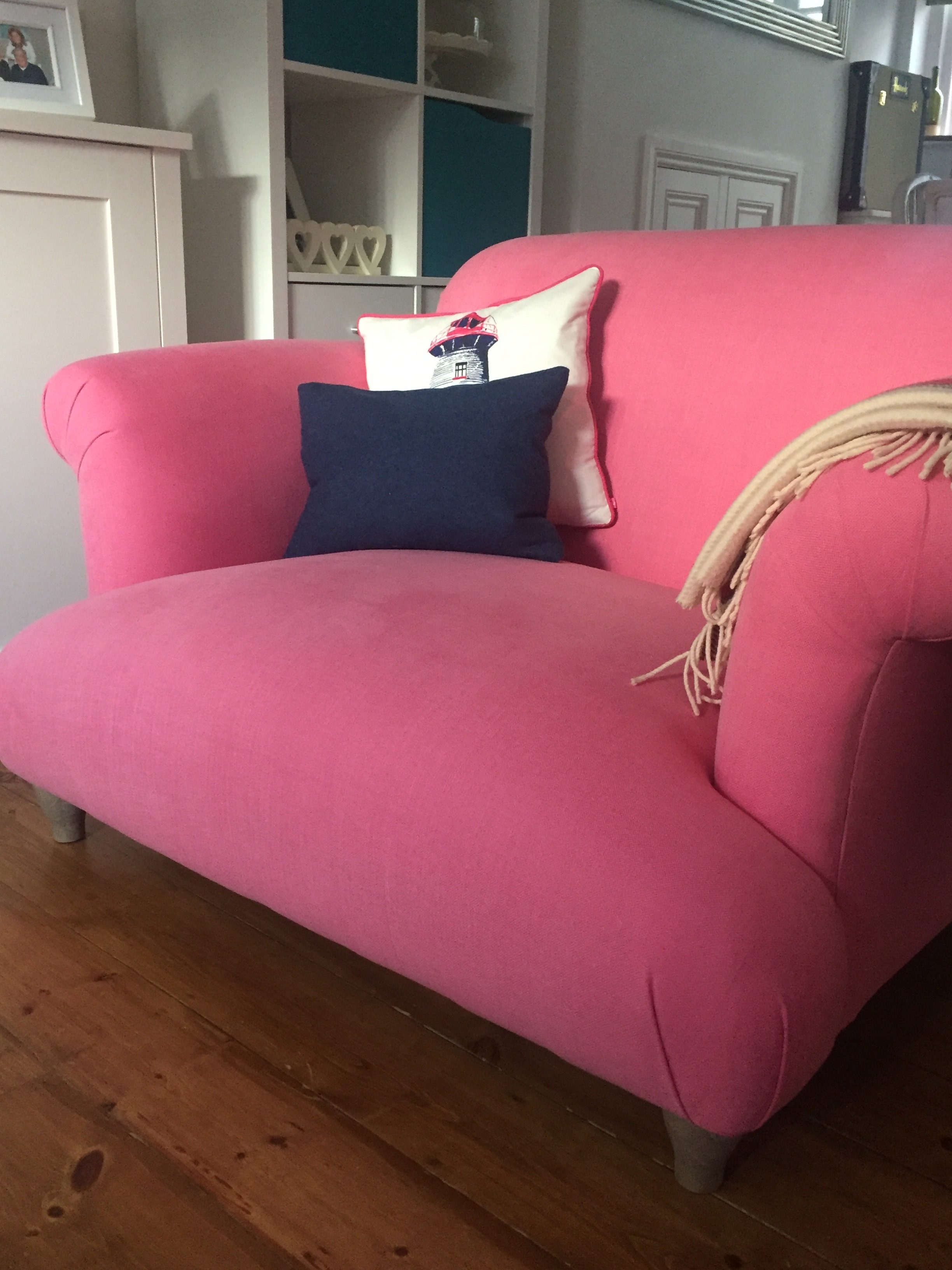 Loaf Pink Love Seat Chair