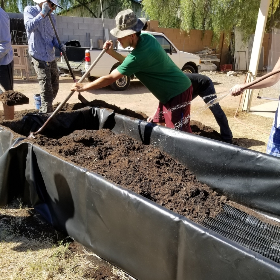 Building a Wicking Bed with the Grow PHX PDC Students