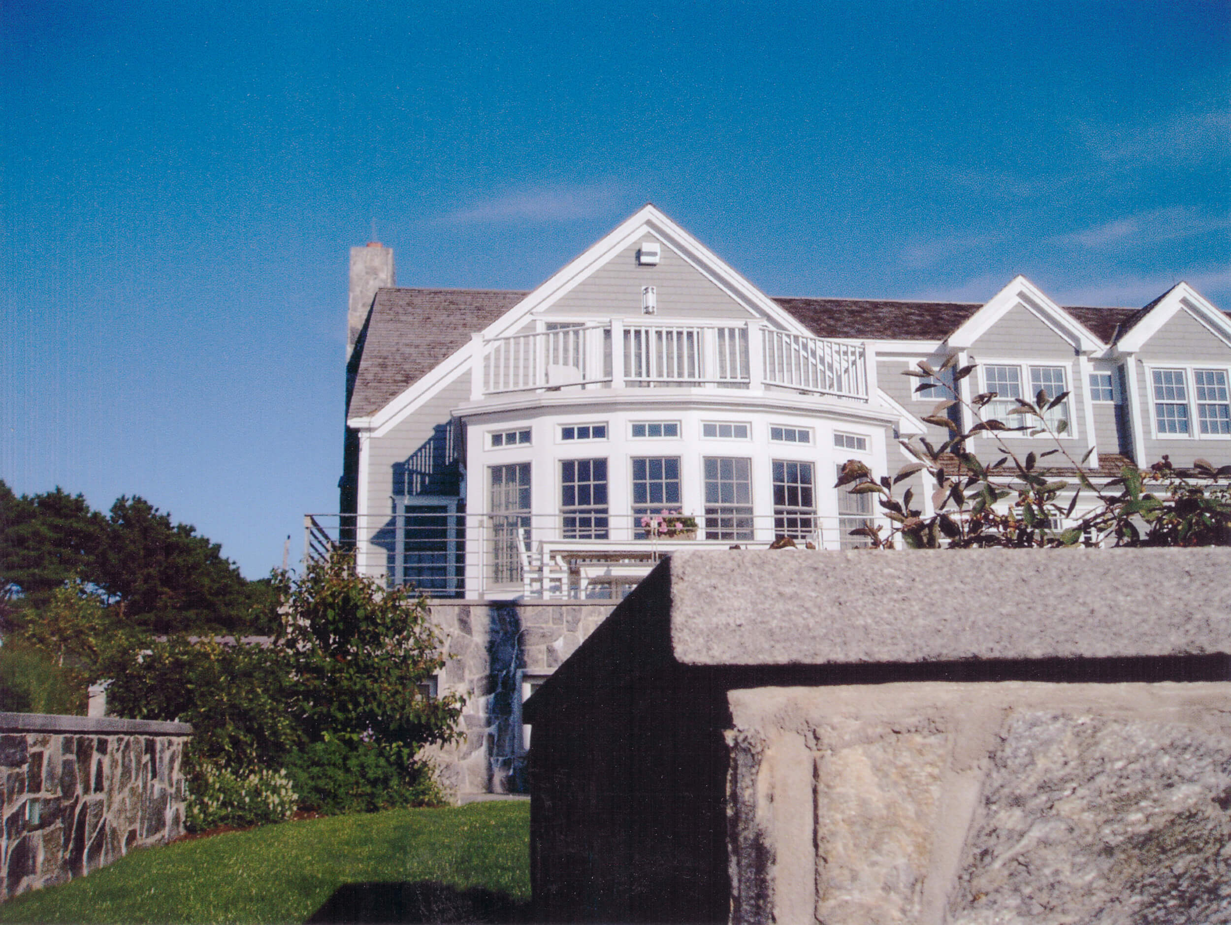 Allen_Harbor_House_Exterior.jpg