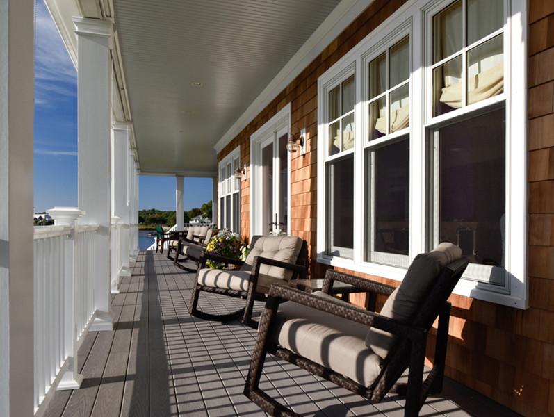 riverside house deck