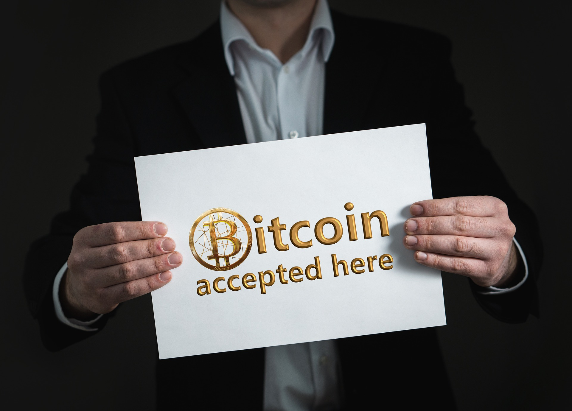 bitcoin accepted here.jpg