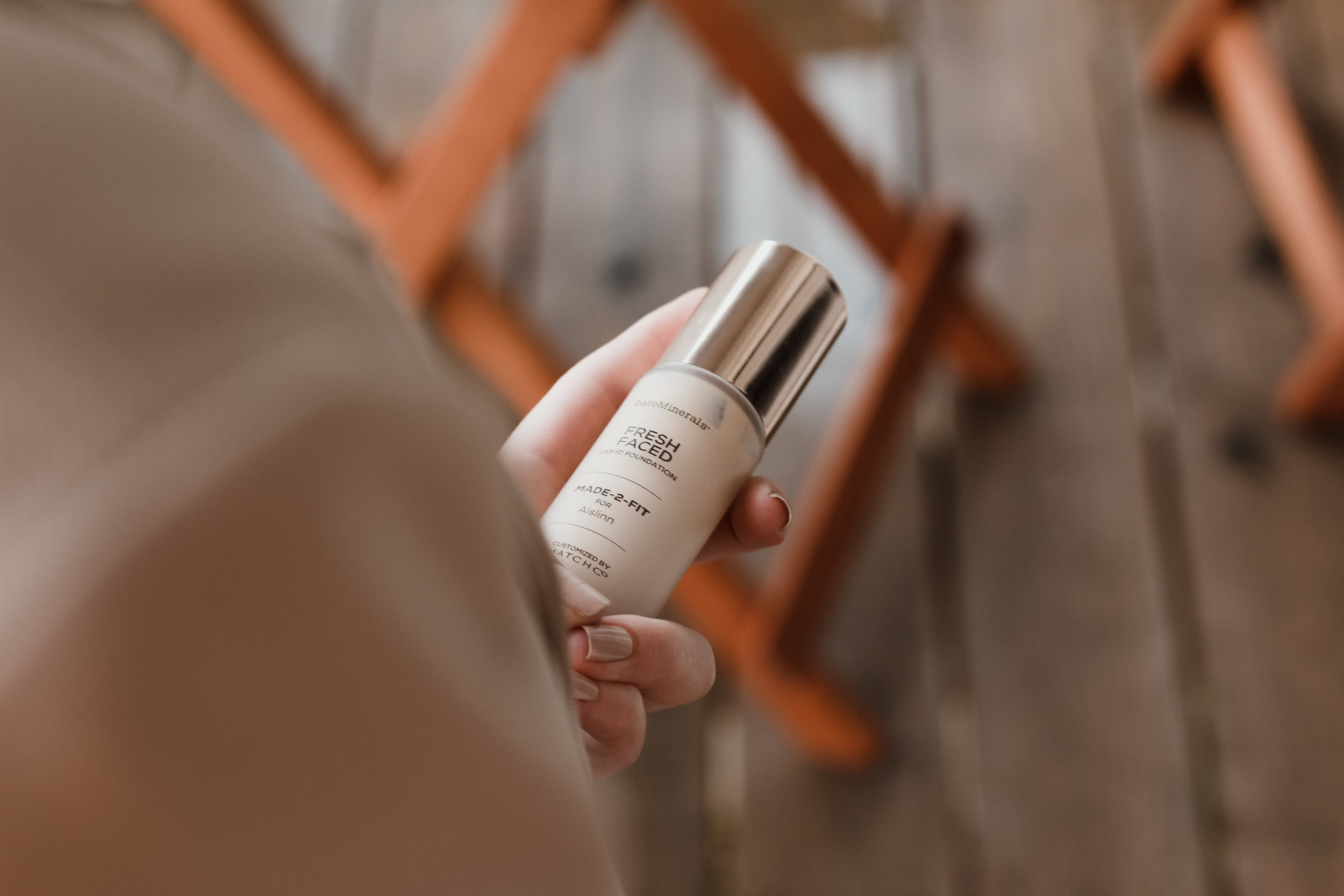 bareMinerals Foundation | The Simplistic Chic