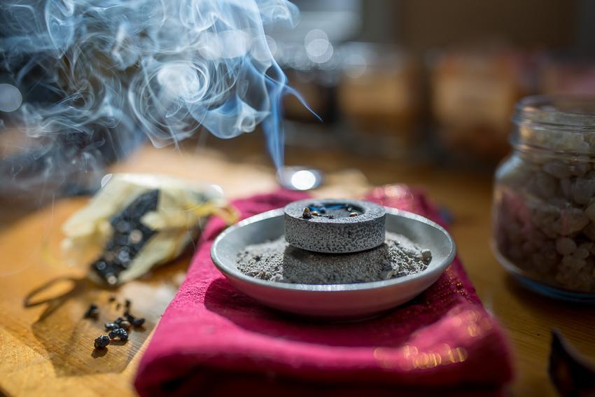 Burning resins, Silke's Art-12.jpg