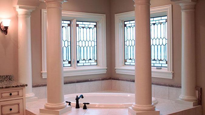 Glass design bathtub columns