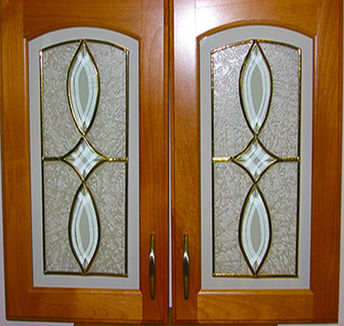 Glass kitchen cabinet bevels