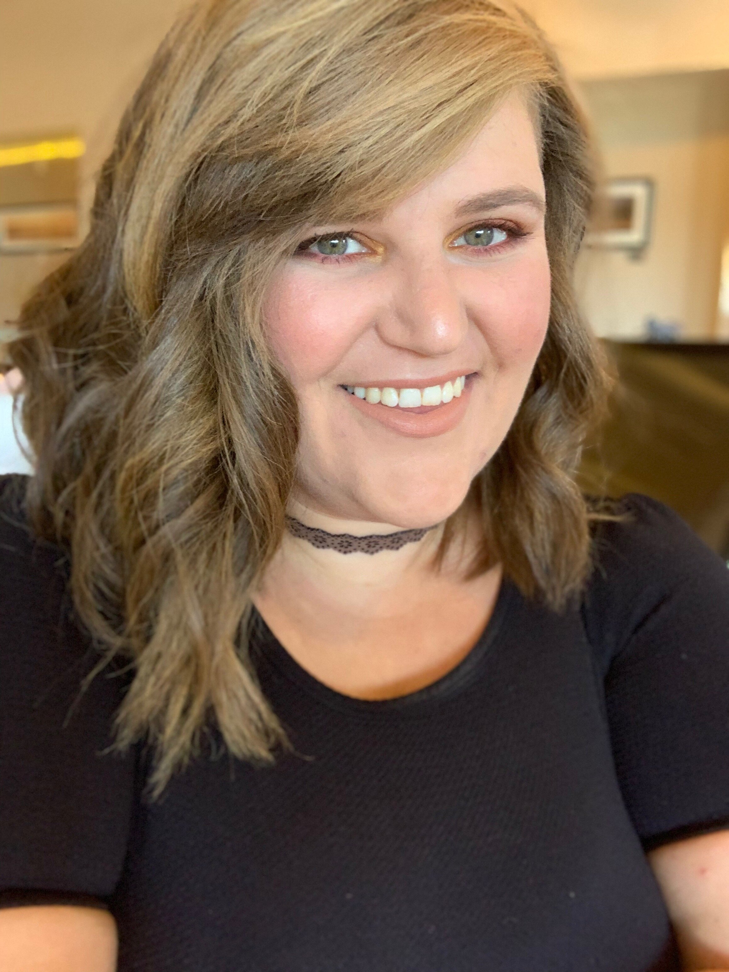 Amy - Amy joined NH2 in 2018. As a seasoned stylist, Amy brings technical excellence, elevated communication, and confidence to guests daily. in 2015, Amy won the Bay Area Student Hairdressing Awards, an NH2 mentorship designed to recognize and celebrate excellence in hairdressing professional. We are honored to have recognized Amy's talent in her infancy and to have her as the second BASHA winner to become an intergal member of the NH2 team.