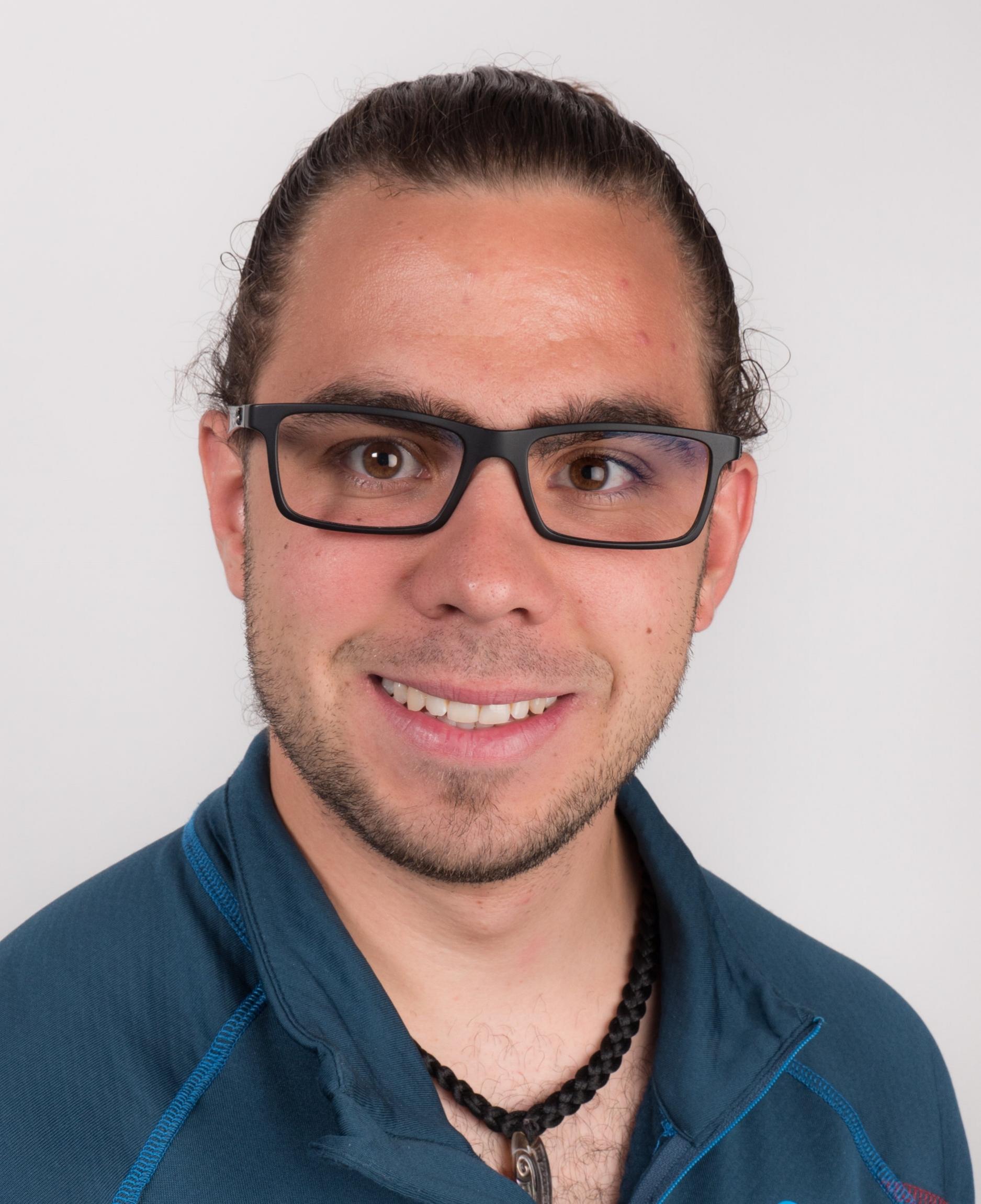 Matthieu Pochon,jeune entrepreneur dynamique et compétent, marié et père d'une petite fille, fonde en 2017 l'entreprise de service ELECTRAUDIO.