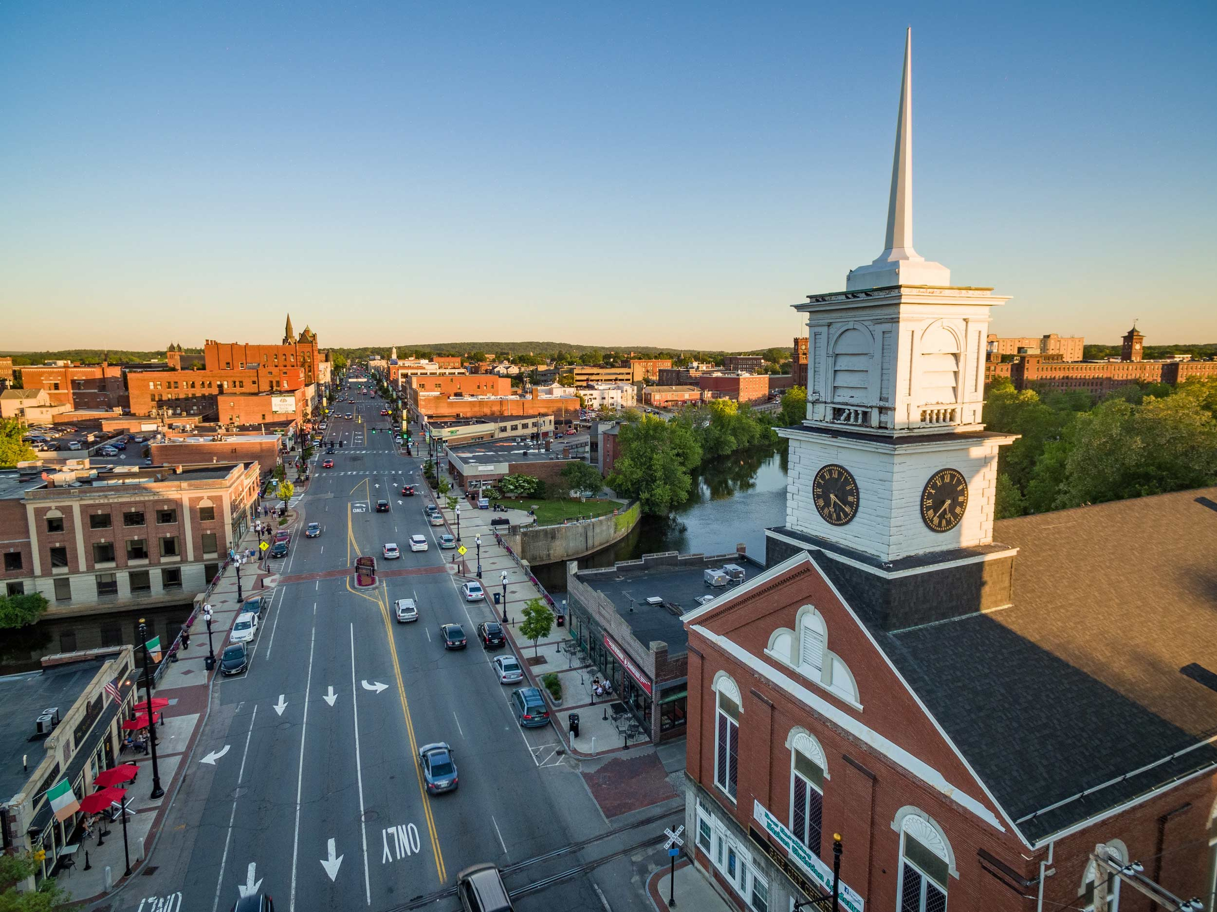 Learn Why People Choose To Move To NH For A Career