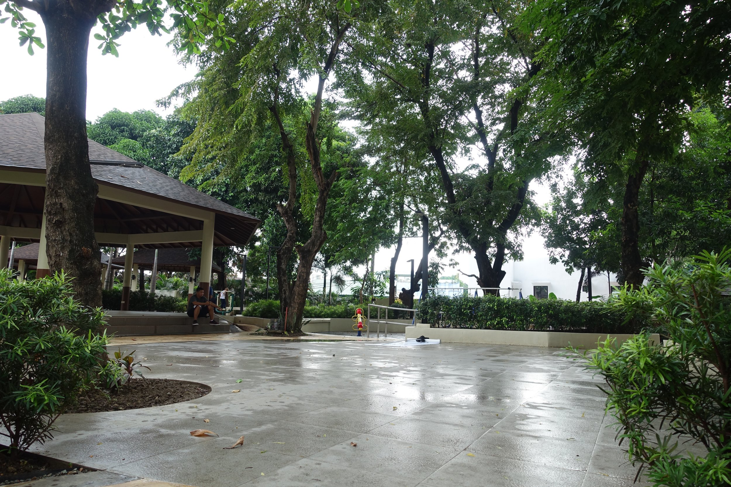 Garden Parks and New Parks, Kapitolyo — A Momma Abroad