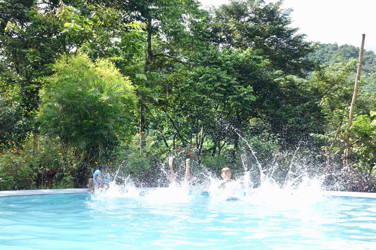 kids jump lll.jpg