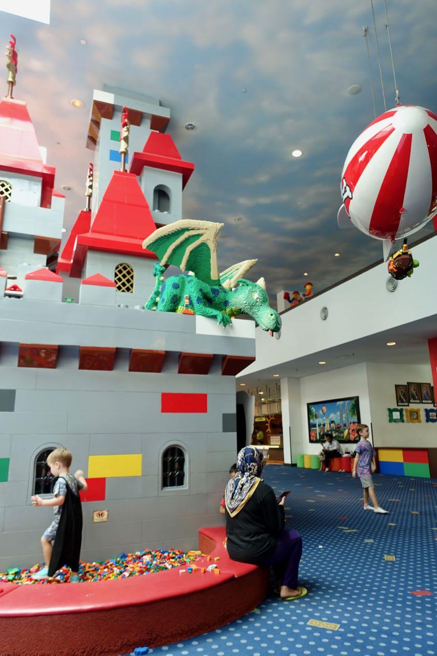 lego castle ll.jpg
