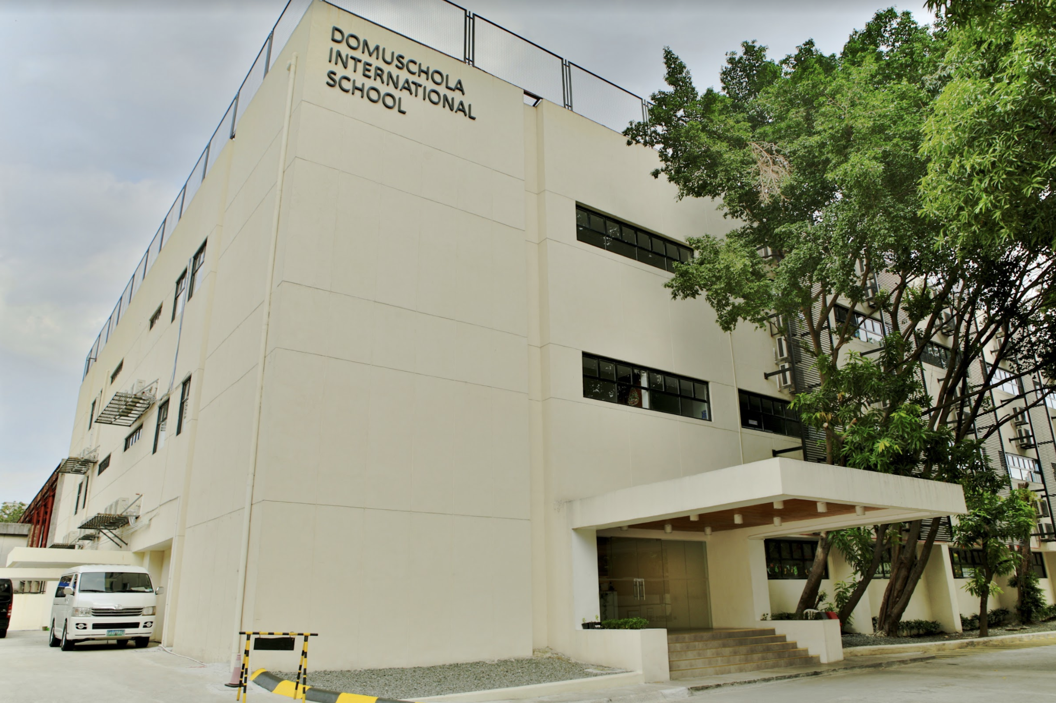 school campus .png