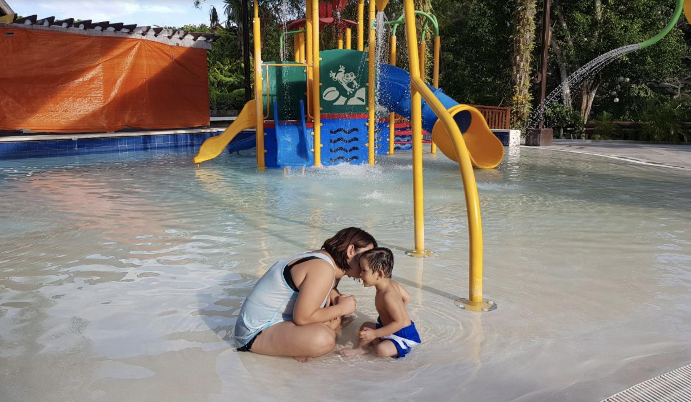 kiddie pool.png