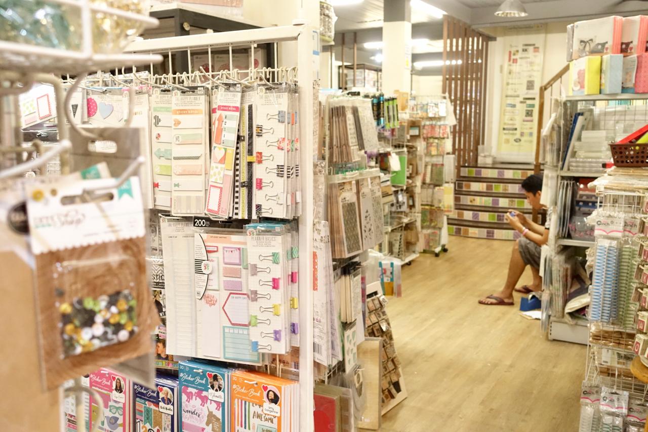store views.jpg