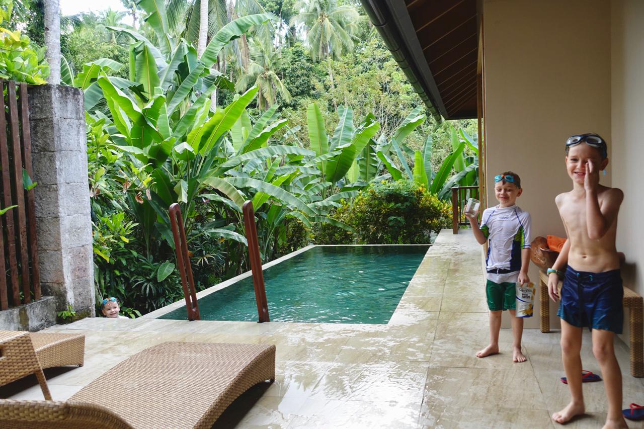 room pool.jpg