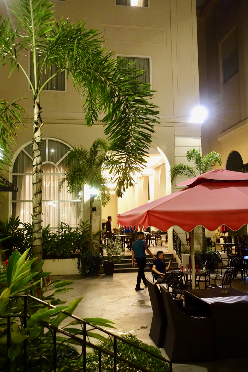 - One of the #PerksOfPinas is being able to dine in an outside courtyard even in the middle of winter. I love a warm Christmas.