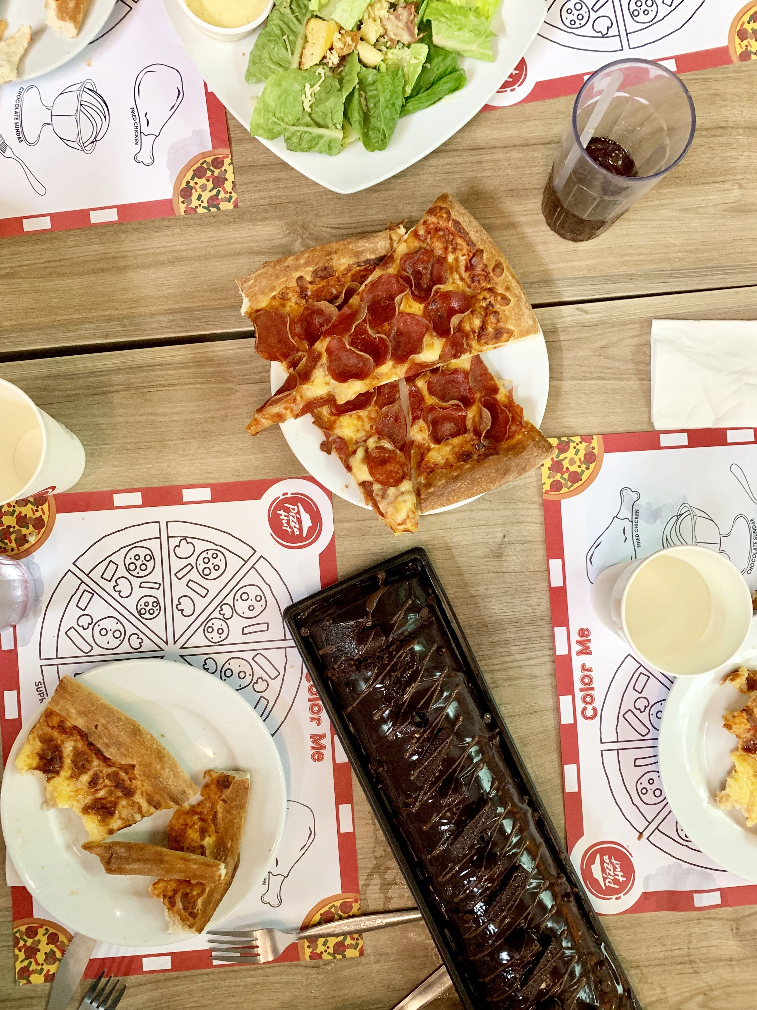 Pizza Hut, Root Beer (very American ha!) and Red Ribbon Triple Chocolate Roll. -