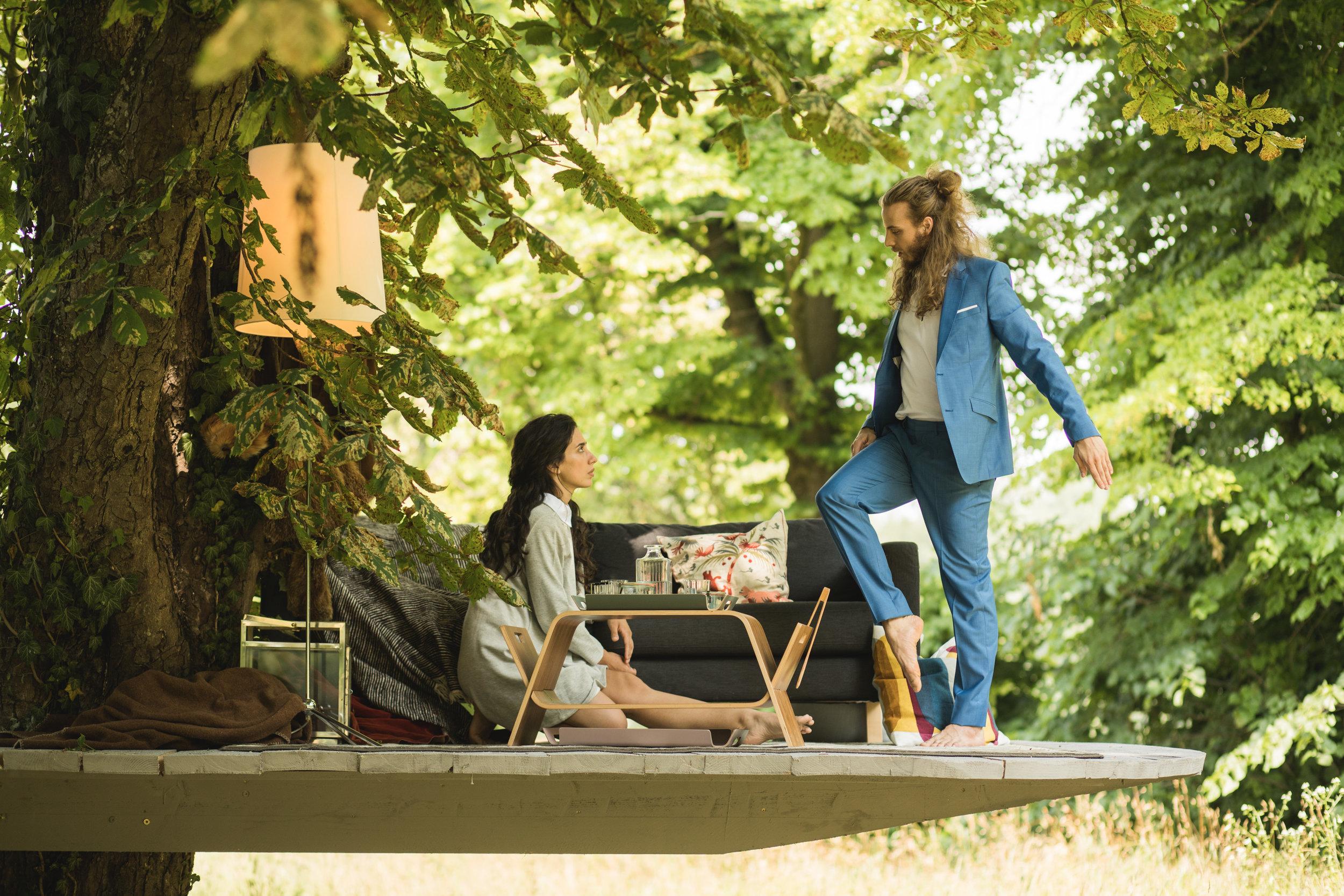 Paul (Sami Similä) and Franziska (Manuela Calleja Valderama) at the tree house © Wolfgang Lienbacher