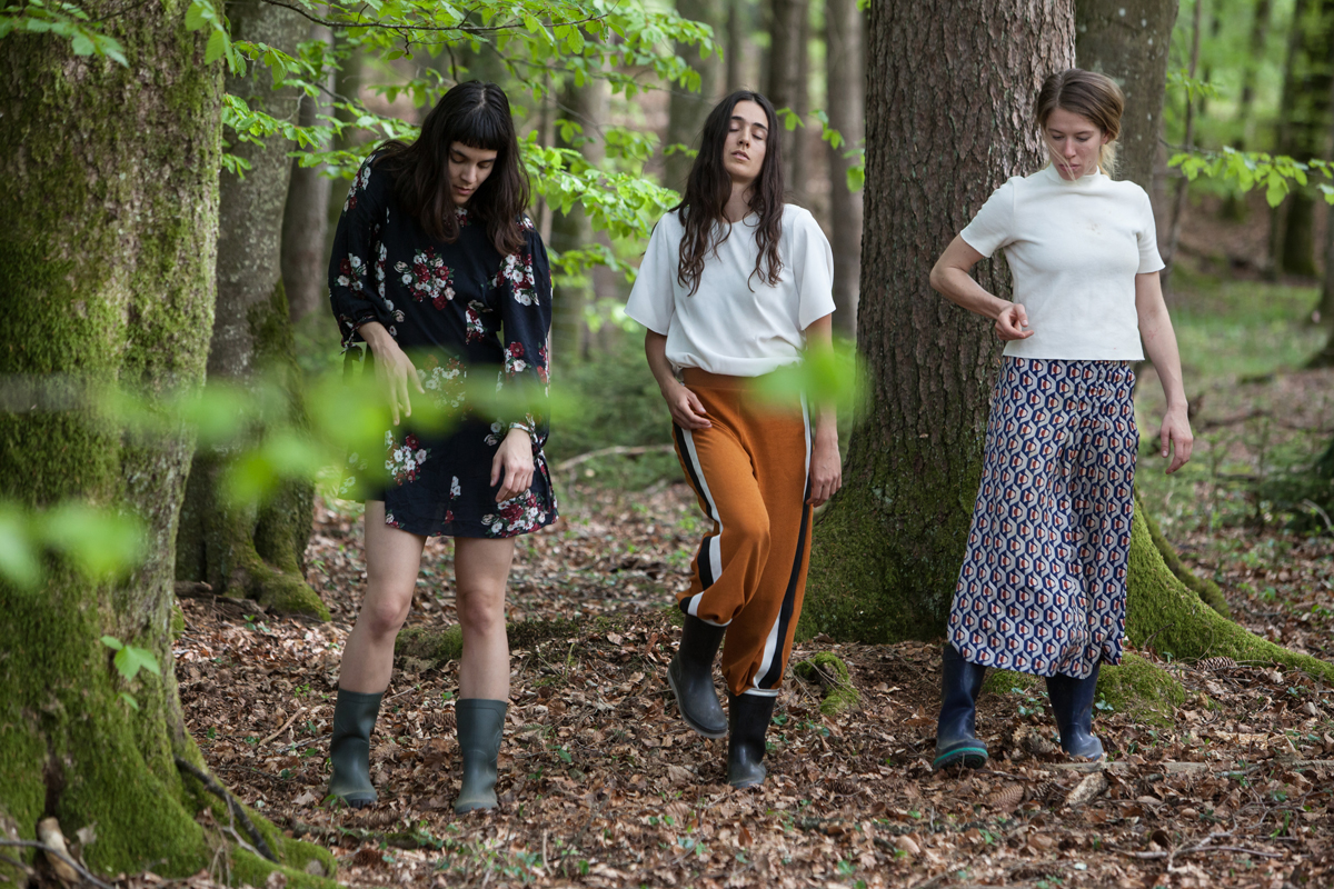 Nefeli Kadinopouli Asteriou, Eftychia Stefanou and Barbara Földesi at the forest in Moosdorf  © Magdalena Lepka