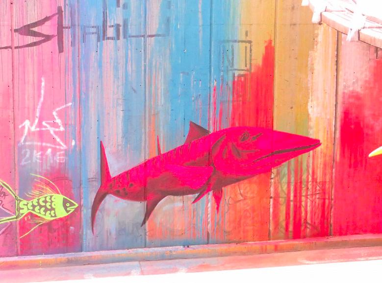 "Felipe Ortiz  ""Barracuda psicodélica""   20' x 12' Vinyl paint and spray paint, 2016  (Calle 5ta. Cali, Colombia)"