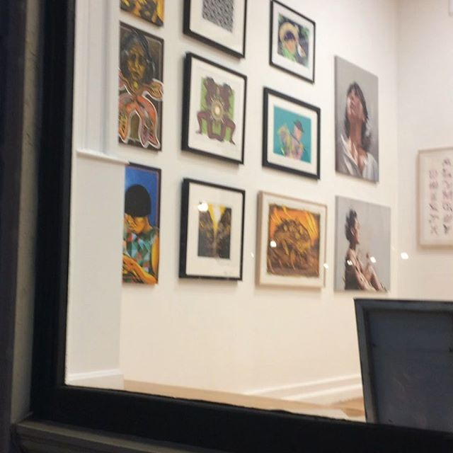 Hanging the 2019 Fresco Exchange art exhibit: From Colombia to the World. Opening reception Friday Aug. 2nd 6-8 pm. 25 Exchange St. Lynn, Ma. Thank you so much @galleriesatlynnarts @graficamestiza @beyondwallslynn #artexhibit #artgallery #colombianartists #art #artcollector #contemporaryartgallery #beyondwallslynn2019 #graficaurbana #artshow #artforsale