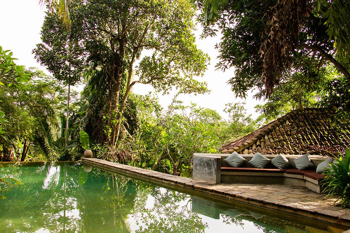 pool daytime .jpg
