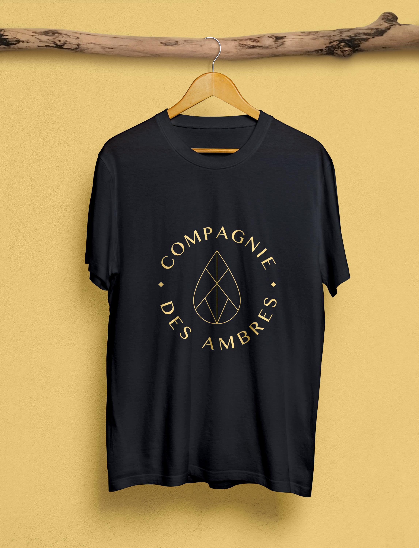 Mockup-tshirt.jpg